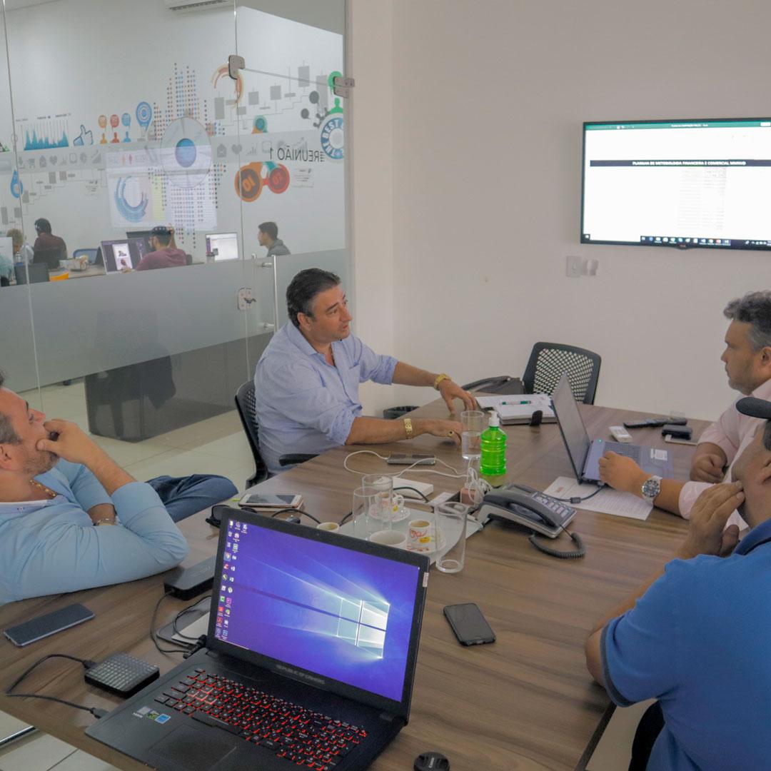 Diretoria se reune com líderes da venda direta em Goiânia - GO.
